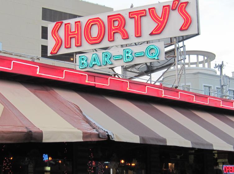 fachada Shortys