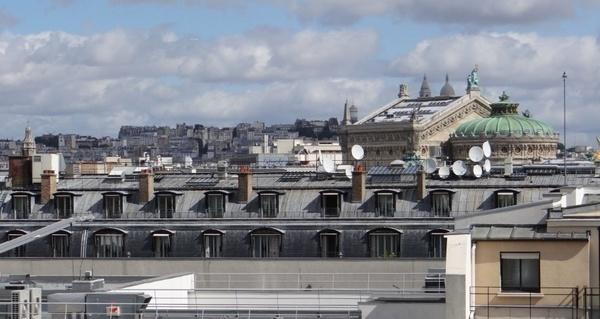 Os telhados parisienses, uma imagem que nunca fica velha