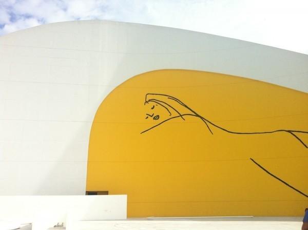 Niemeyer em avilés