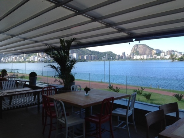 espaço gastronômico do Lagoon