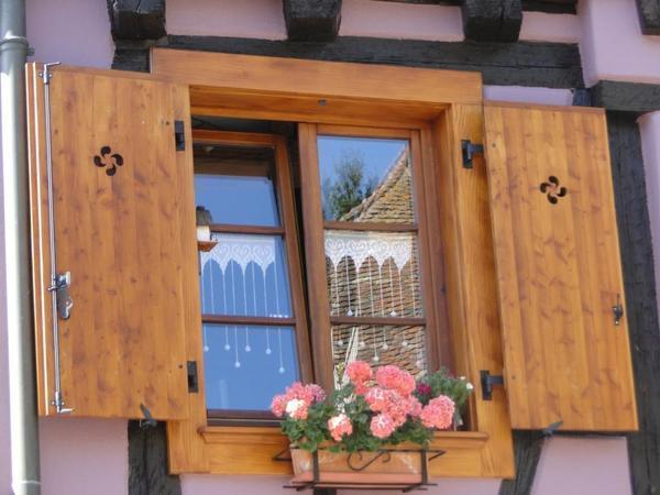 Flores na janela: um símbolo da Alsácia