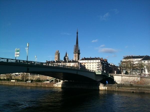 cidade perto de Paris