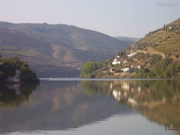 Rio Douro, a beleza que atravessa o norte de Portugal