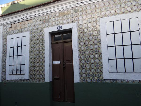 casa com azulejos