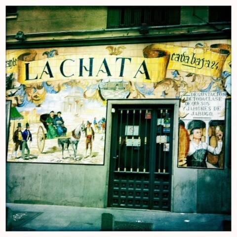 bares la latina