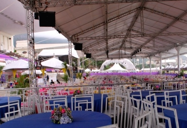 Vista das instalações do Jockey Club para a festa de ano novo no rio