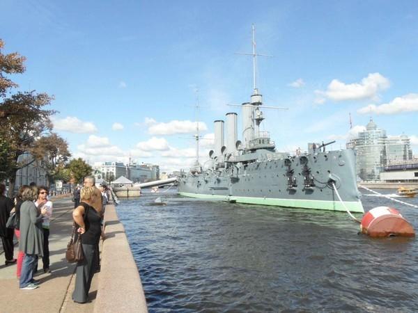 Cruzador Aurora, São Petersburgo