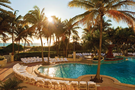 Loews South Beach piscina