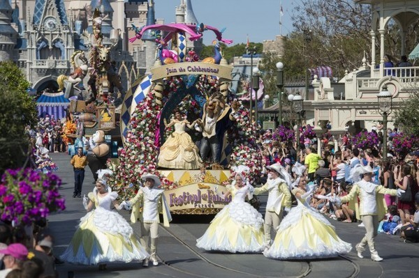 Disney Festival of Fantasy Parade