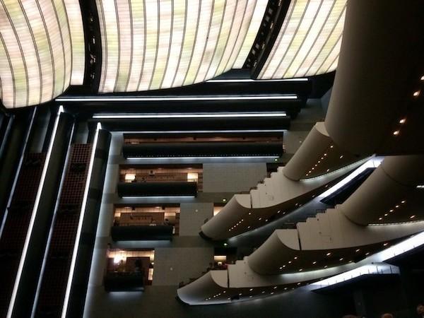 A Ópera Bastille é outra boa opção do que fazer em Paris
