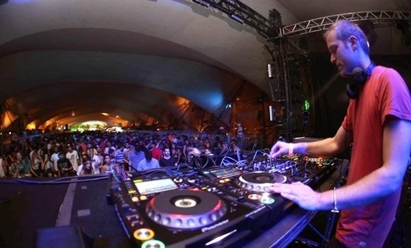 Rio Music Carnival agita a cidade