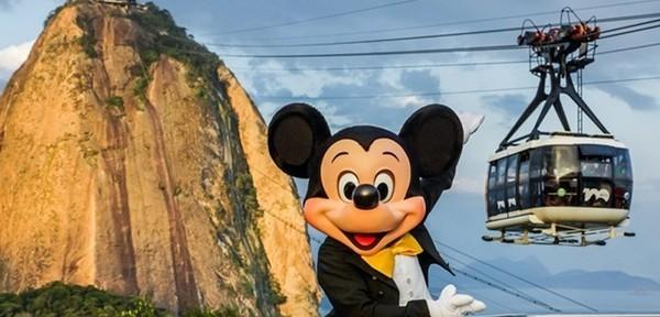 Mickey visita o Pão de Açúcar