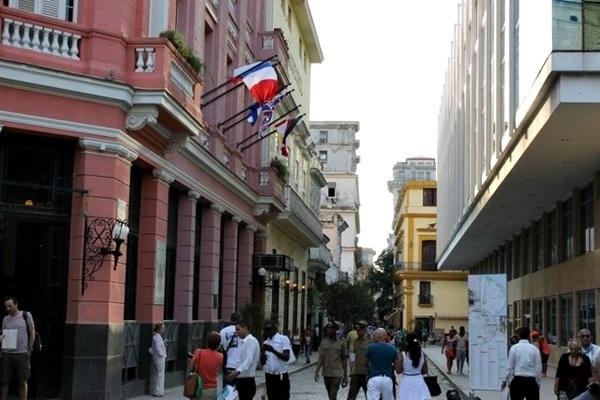 """Palestra """"Desvendando Cuba"""" no Studio 512"""