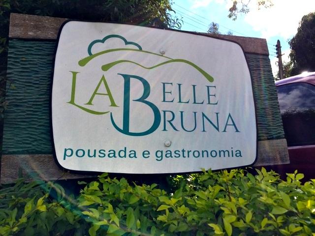 A charmosa pousada La Belle Bruna, em Araras