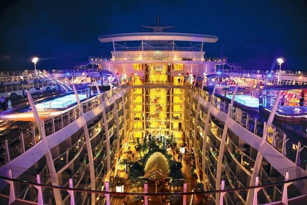 allure of the seas, o maior navio do mundo