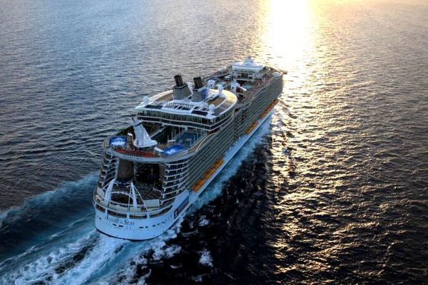 allure of the seas, o maior navio do mundo