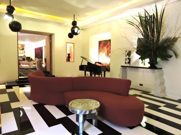 Decoração do Hotel Marignan em Paris