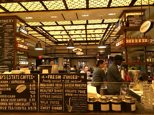 Mercado Gourmet do Plaza em NY
