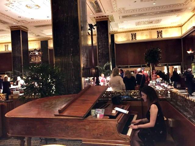 Brunch do Waldorf Astoria, em Nova Iorque