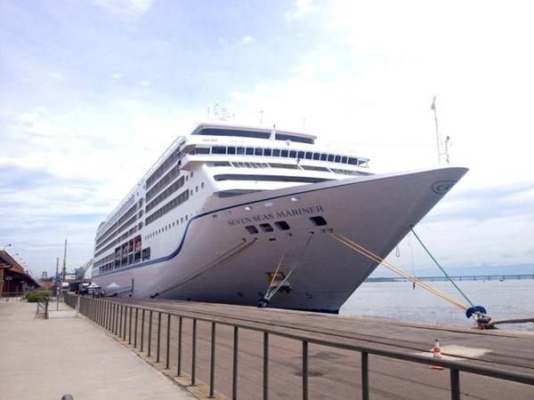 Almoço no Regent Seven Seas Mariner