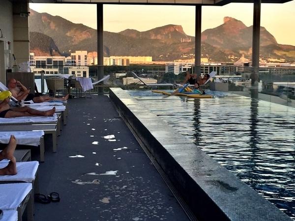 Hilton Barra comemora 1 ano no Rio de Janeiro 15