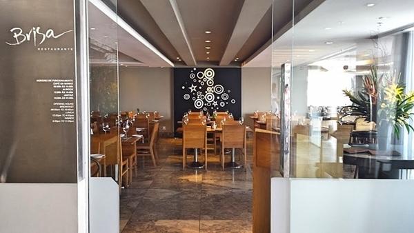 Restaurante do Brisa Barra Hotel, na Barra da Tijuca