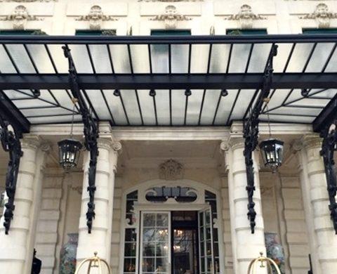 Restaurante do Hotel Shangri-la Paris | Cinco estrelas com vista para a Torre Eiffel