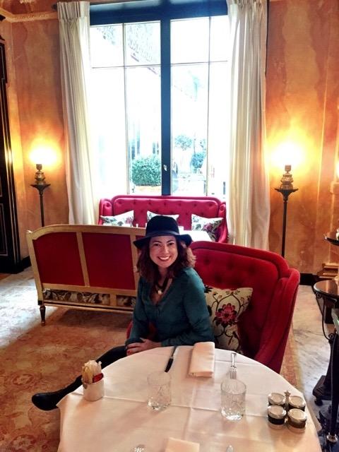 Almoço no Hotel La Reserve, em Paris 18