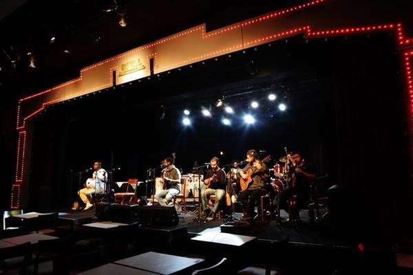 Feijoada no Teatro Rival, no Centro do Rio