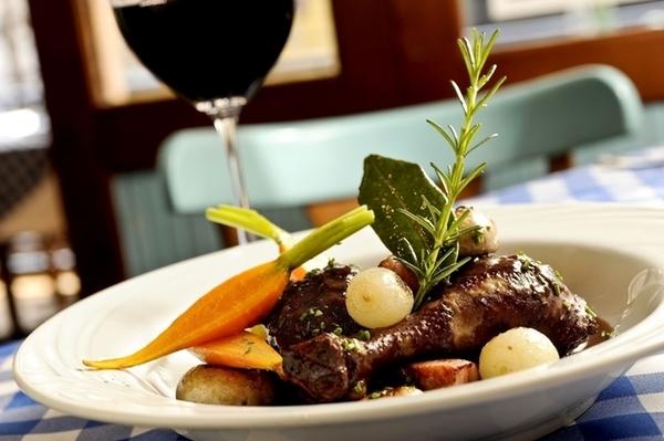 5 restaurantes comemoram a Queda da Bastilha, no Rio 3