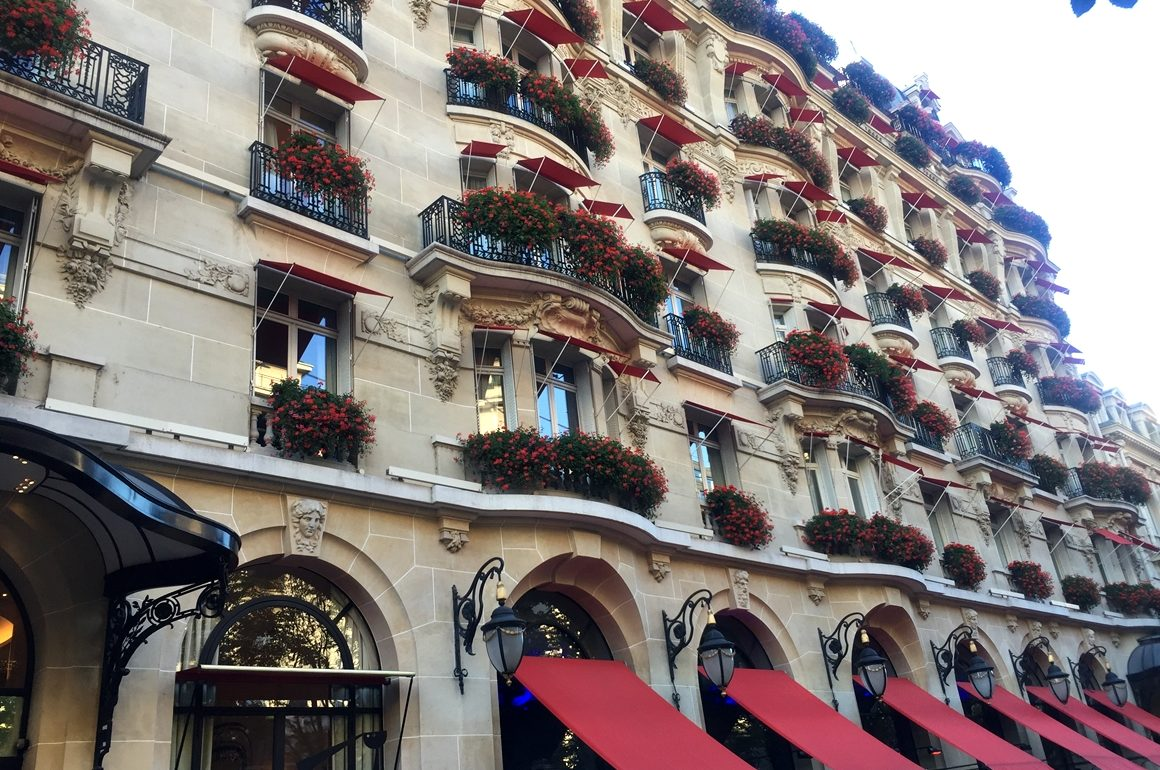 hotel-plaza-athenee-paris-26