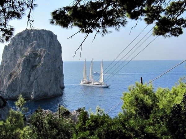 Capri, na Itália