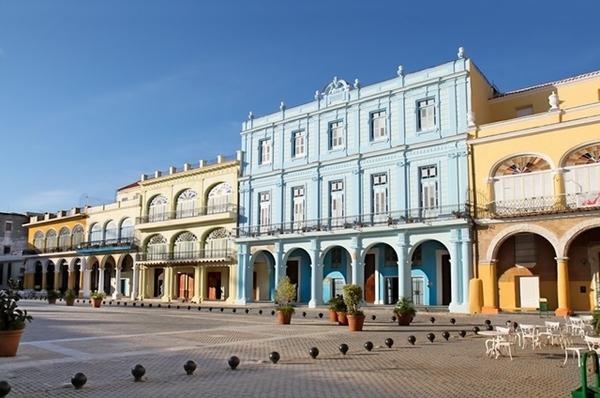 Plaza Vieja, em Havana