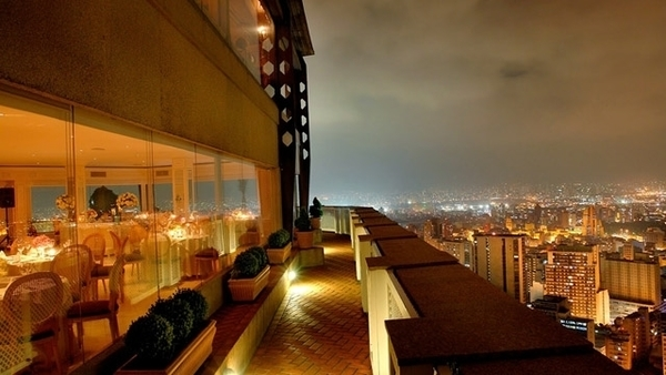 6 rooftops para curtir o verão em São Paulo 9