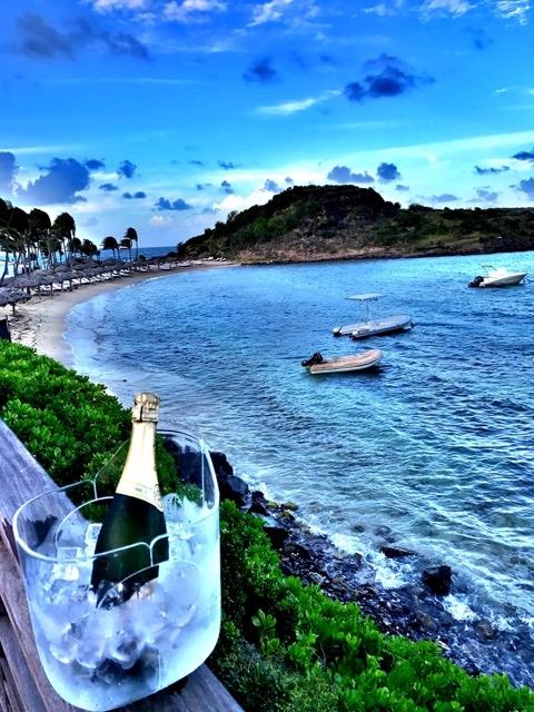 Champanhe e praia!