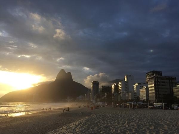 Pôr do sol em frente ao Praia Ipanema Hotel