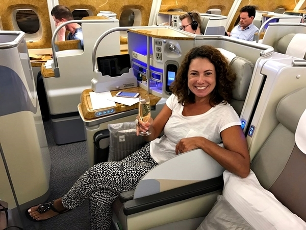 O airbus a380 da emirates chega ao brasil you must go for Migliori cabine business class 2017