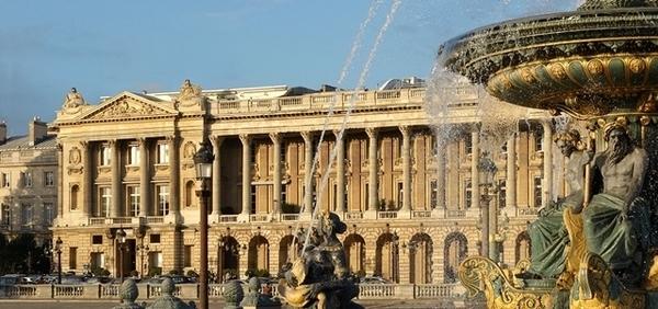 Hotel de Crillon reabre em Paris