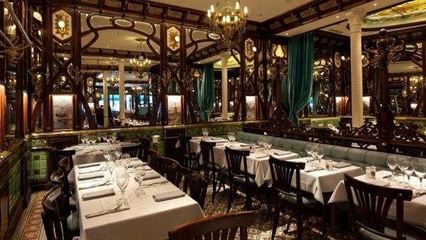 brasserie em paris