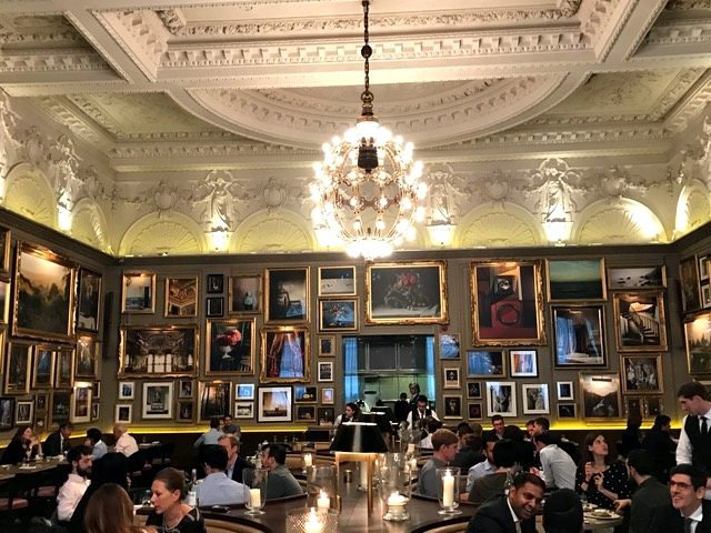 hotel perto da Oxford St, em Londres