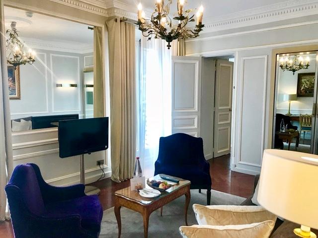 Hotel boutique perto da Champs Élysees