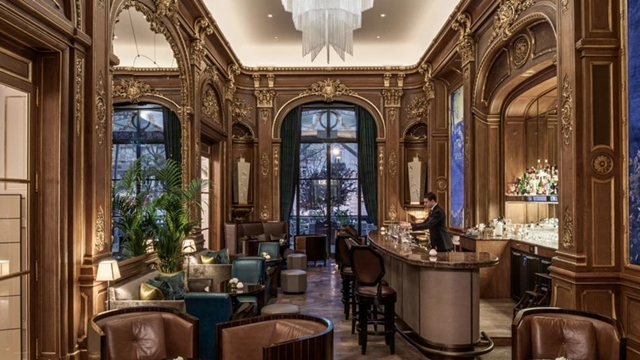 Bar Kleber no Peninsula Paris