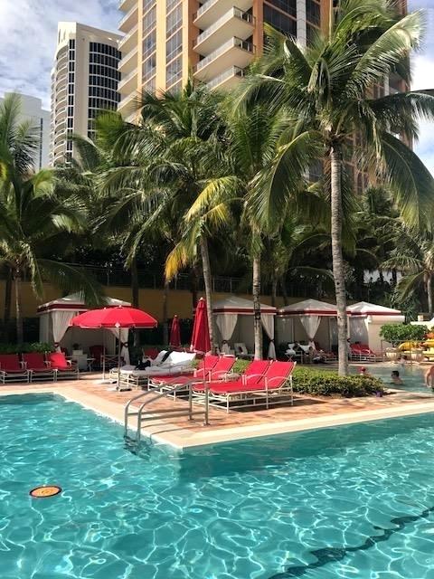 hotel em sunny isles 13