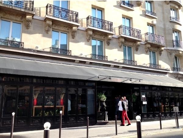 restaurantes duas e três estrelas em Paris