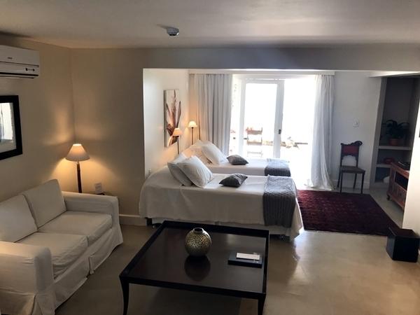 melhor hotel da Orla Bardot 5
