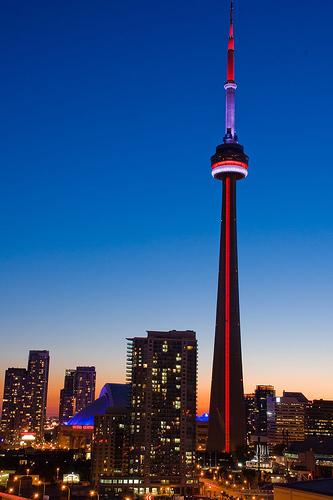 A Torre CN no Canadá é uma das 7 Maravilhas do Mundo Moderno
