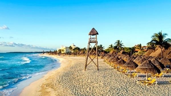 Hotéis de praia com desconto para o verão