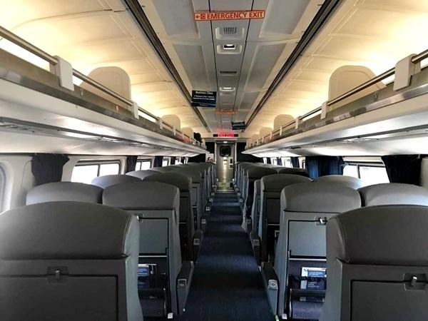 como andar de trem nos estados unidos