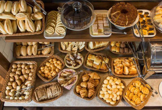 lugares para tomar café da manhã dia 1º 2