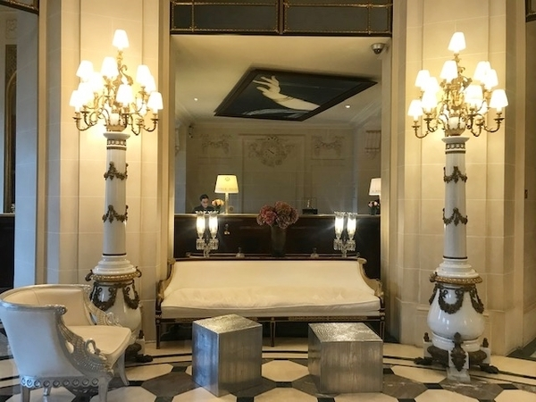 restaurantes do hotel le meurice 7